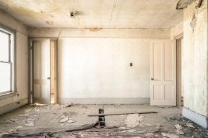 Asbestos danger in derelict buildings - derelict building